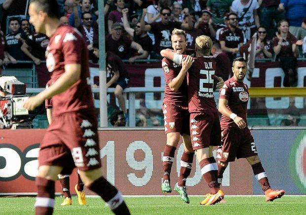 2ef5b27ea Serie A. Torino - Juventus, czyli wojna światów z wielkimi ...