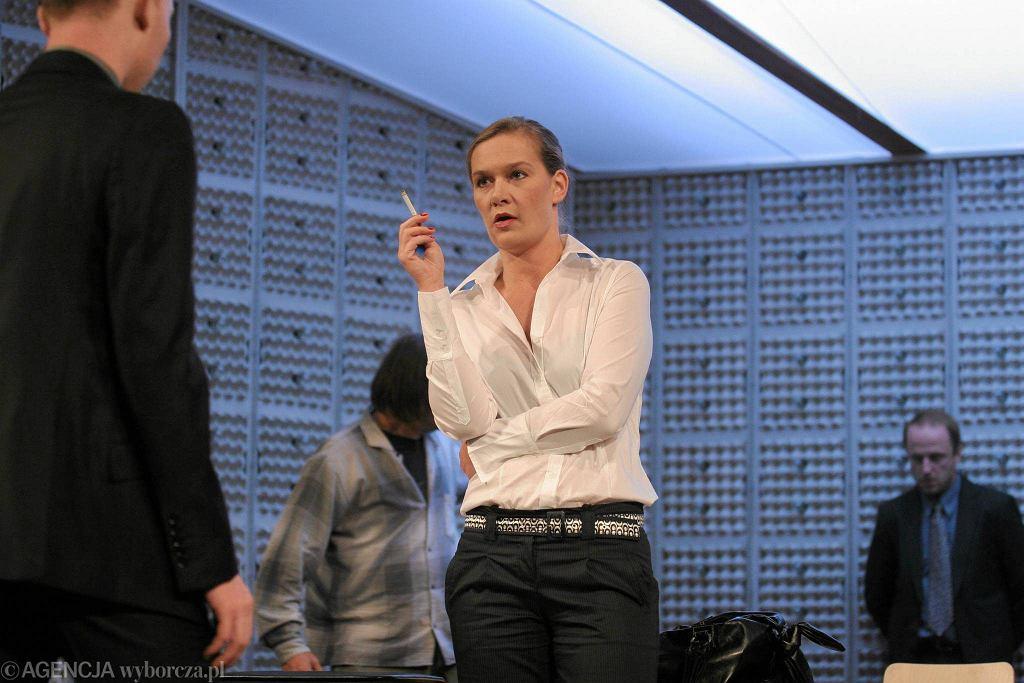 Maria Seweryn w spektaklu 'Metoda' / WOJCIECH SURDZIEL