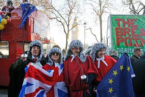 Brytyjski Sąd Najwyższy radzi nad Brexitem. Demonstracje pod gmachem