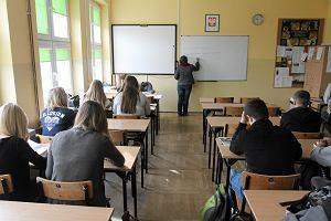 Niż bije w nauczycieli