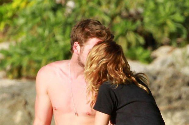 Miley Cyrus i Liam Hemsworth sformalizowali swój związek. Według zagranicznych mediów, ślub pary odbył się już kilka miesięcy temu.