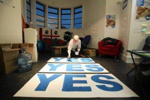 Przeciwnicy niepodleg�o�ci Szkocji maj� tylko 4 pkt proc. przewagi [SONDA�]