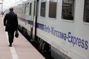 W czerwcu rozpocznie się remont linii kolejowej Warszawa - Poznań. Pasażerów czekają godzinne objazdy, mniej pociągów i droższe bilety
