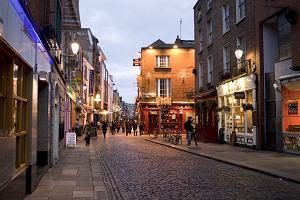 Dublin Temple Bar. Tutaj bawi się Irlandia