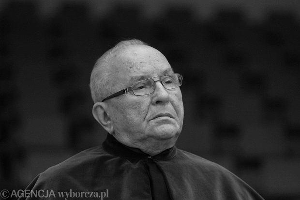 Śmierć prof. Jerzego Szackiego to wielka strata dla polskiej humanistyki