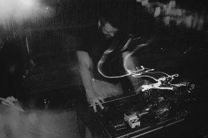 Potójna dawka muzyki noise