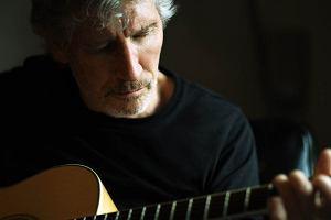 Roger Waters ma dla niedowiarków dowód na to, iż pracuje w studiu nad nową muzyką.