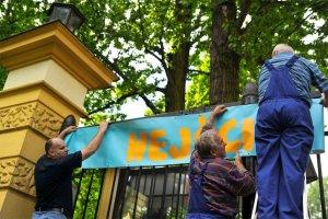 Prezydent, premier i marsza�ek Sejmu zapraszaj� dzieci