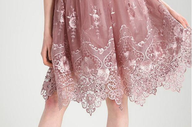 029391aa76 Sukienki Chi Chi London - modele na specjalne okazje w przystępnej cenie