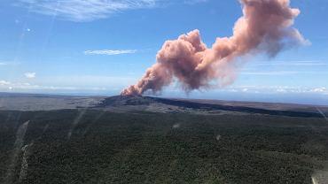 Krater Puu Oo w pobliżu wulkanu Kilauea na Hawajach