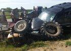 Włodzimierz Cimoszewicz miał wypadek. Jego auto zderzyło się z ciągnikiem