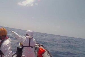 Lekarze Bez Granic uratowali roczną dziewczynkę z zatopionej łodzi u wybrzeży Libii