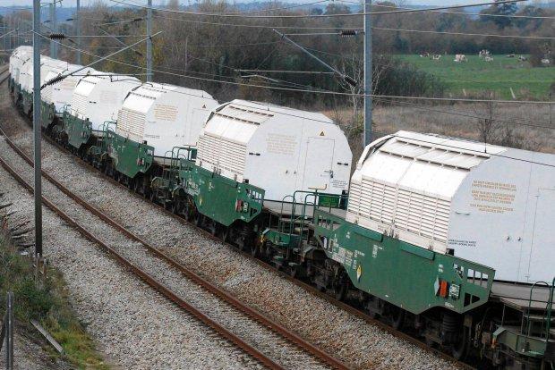 Wagon z odpadami nuklearnymi wykoleił się pod Paryżem