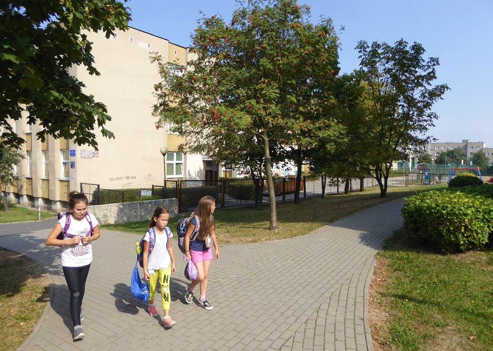 Zdjęcie numer 4 w galerii - Milion za dojazd do szkoły i przedszkola? Czy spółdzielnia prezesa Biczyka ma rację?