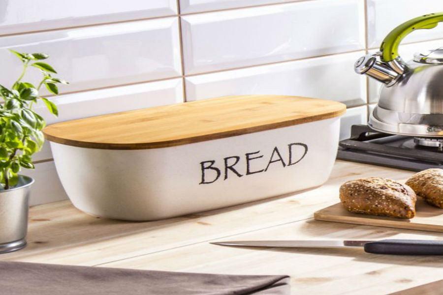 Modny chlebak z deską bambusową