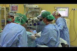Komórki macierzyste ratują wzrok. Pionierskie przeszczepy katowickich okulistów