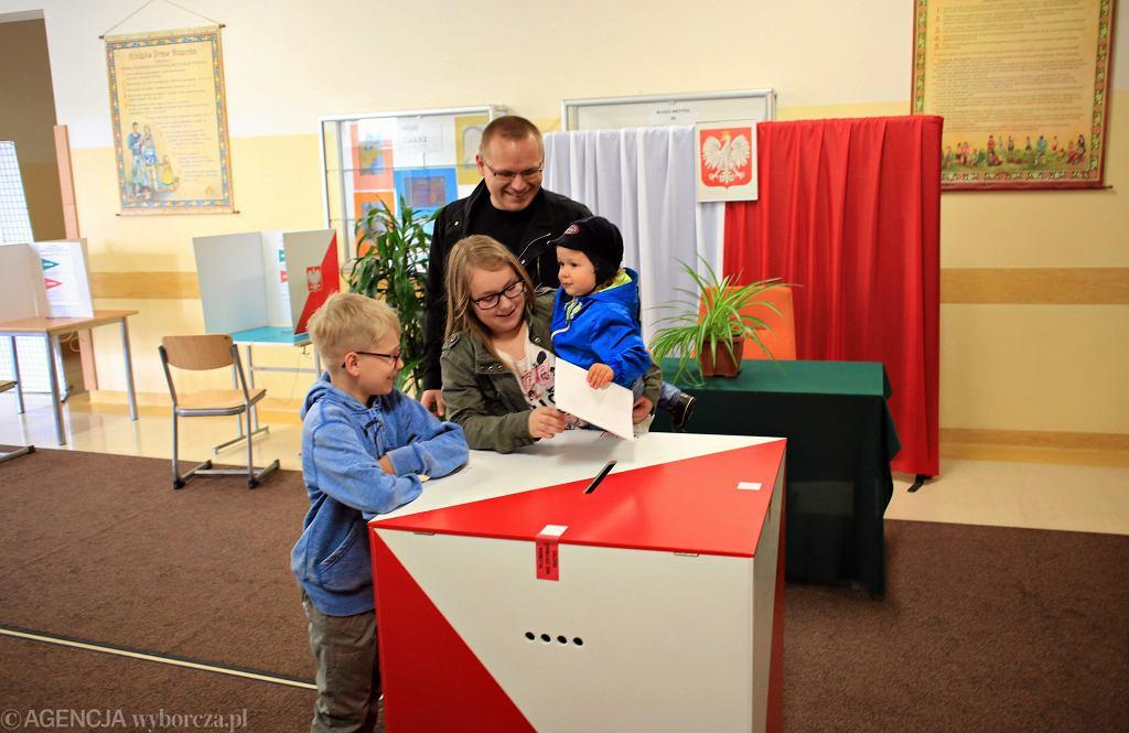Wybory samorządowe 2018. Czym jest exit poll?