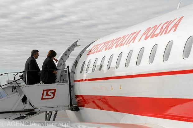 Kanonizacja. Prezydent, marsza�ek Senatu i dw�ch b. prezydent�w jednym samolotem do Rzymu