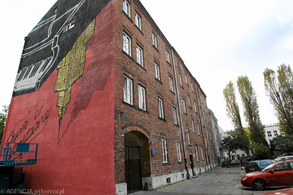 25 najlepszych murali w warszawie jest w r d nich ten for Mural warszawa 44