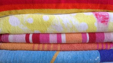 Według nowojorskiego mikrobiologa Philipa Tierno ręczniki powinno się prać po maksymalnie trzech użyciach