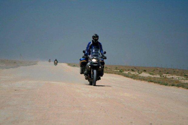 Motocyklista: Nie wszyscy je�d�� na jednym kole [ROZMOWA]