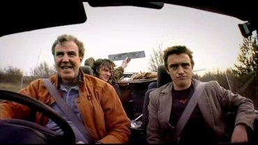 """Clarkson podpisa� kontrakt na nowy program. I ju� wiadomo z kim. Ekipa """"Top Gear"""" zn�w w komplecie!"""
