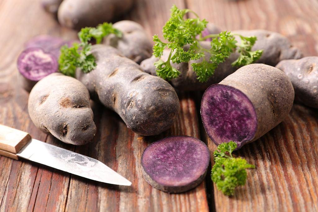 Fioletowe ziemniaki. Jak je dobrze wykorzystać? Podpowiadamy