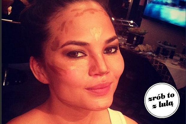 Jak zmniejszyć i zwęzić nos dzięki makijażowi?