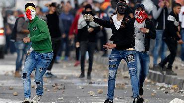 Starcia między Palestyńczykami a izraelskimi oddziałami w mieście Nablus na Zachodnim Brzegu, 14 grudnia 2017 r.