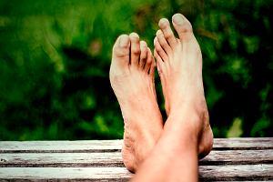 Metatarsalgia Mortona a nerwiak Mortona - przyczyny, objawy, leczenie