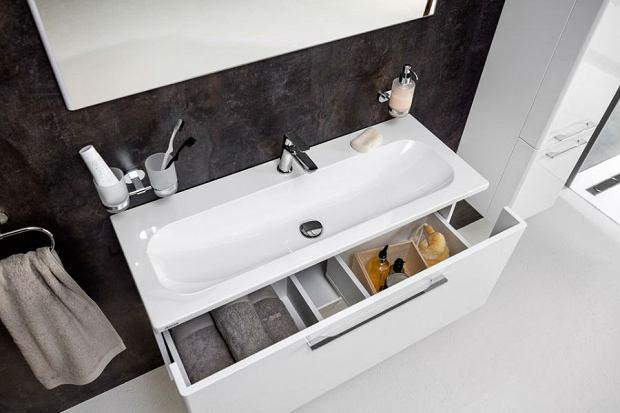 Postaw na dobry mebel - funkcjonalne szafki łazienkowe