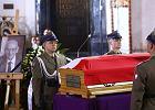 Pogrzeb Władysława Bartoszewskiego. Msza w archikatedrze, uroczystości na Powązkach Wojskowych [GALERIA AKTUALIZOWANA]