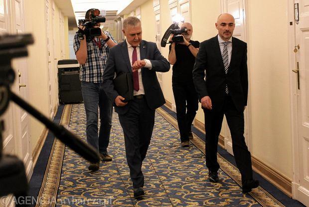 17 października miało miejsce tajne spotkanie w Sejmie. Uchwalono na nim m.in. wydalenie Stanisława S.