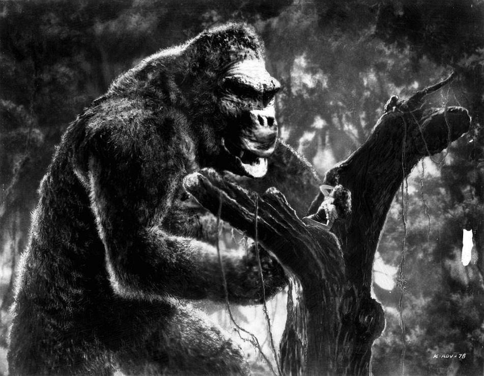 Fay Wray w 'King Kongu' / fot. Wikimedia Commons, domena publiczna, kadr z filmu