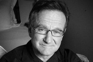 Robin Williams nie �yje. Prawdopodobnie pope�ni� samob�jstwo