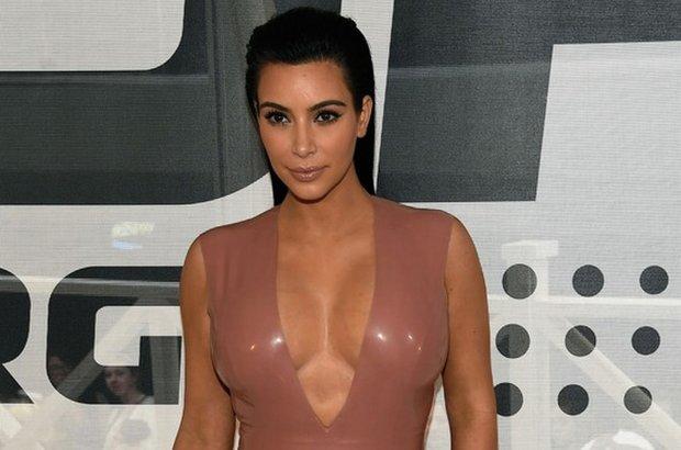 Kim Kardashian wcze�niej urodzi�a c�rk�, a teraz? Jest ju� znana p�e� jej drugiego dziecka