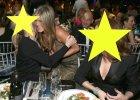 Te� chcemy siedzie� przy tym stoliku! Aniston bawi�a si� �wietnie i nic dziwnego. Przy takich gwiazdach, nie mog�a si� nudzi�