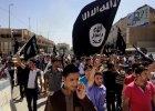 Kalifat pe�en zbrodniarzy: cia�a m�czyzn l�duj� w masowych grobach, kobiety s� wystawiane na sprzeda� [RAPORT]