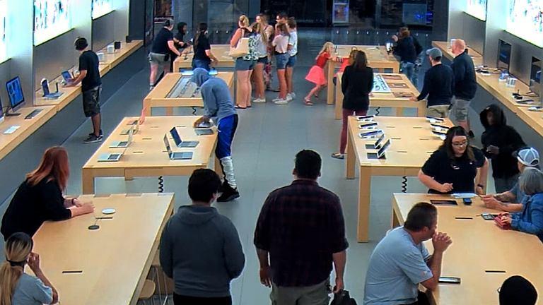 Złodzieje w sklepie Apple we Fresno