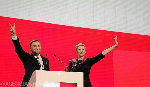 Duda przekonuje: W Polsce powinna by� nowoczesna armia i bazy NATO. Z profilu Prezydent.pl p�yn� riposty