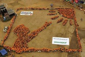 Ludzki obraz na Woodstock 2015. Tak Greenpeace promuje odnawialne źródła energii [WIDEO, ZDJĘCIA]
