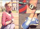 Sukienka w cekiny i sportowe buty. Ciekawe stylowe po��czenie? Street Fashion