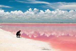 Różowa laguna istnieje naprawdę. To jedyne takie miejsce na świecie