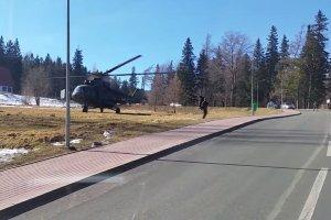 """Taksówkarz w Karpaczu był świadkiem wojskowego desantu. """"Pierwsza myśl? Zielone ludziki"""" [WIDEO]"""