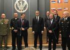 MON podpisało umowy na niszczyciele min i okręt ratowniczy