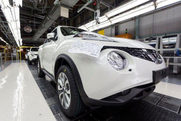 Nissan przygotowuje si� do produkcji drugiej generacji Juke'a
