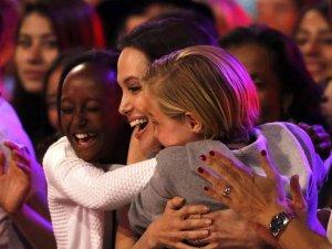 Angelina Jolie z c�rkami