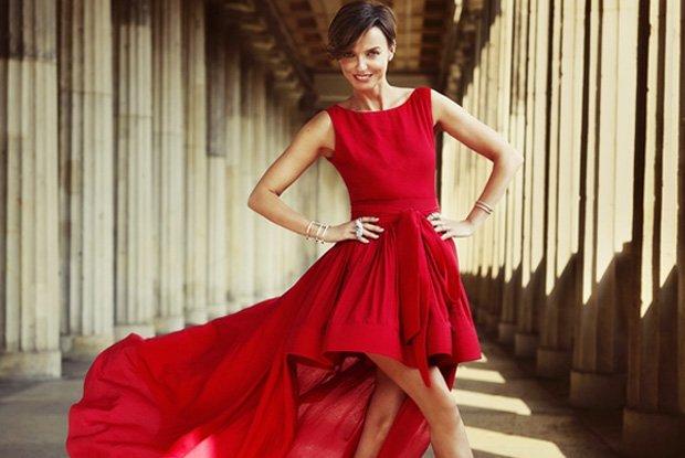 """Kasia Soko�owska jakiej nie znacie! Jurorka """"Top Model. Zosta� Modelk�"""" sama w roli... modelki. Jak wypad�a w nowej kampanii marki Apart? [ZDJ�CIA]"""
