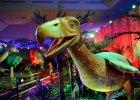 Dinozaury przegrały z mrozem. Wystawy przy Stadionie Narodowym zamknięte