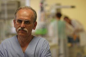 Lekarze czy bogowie: Chirurg, kt�ry rozgrza� serca